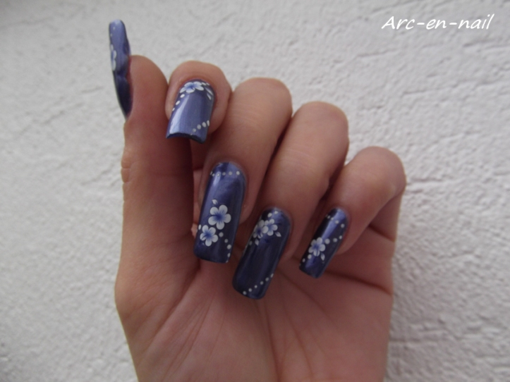Metallic blue flowers 2