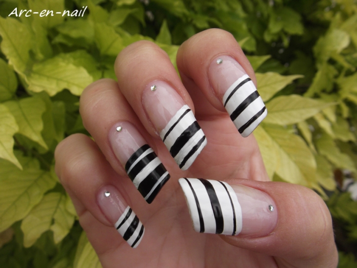 Nail art French zebrée 3