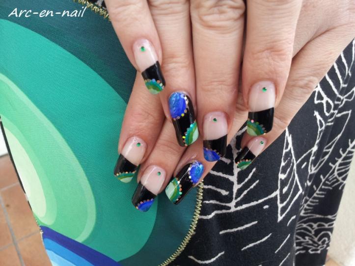nail art Desigual 2 - 3