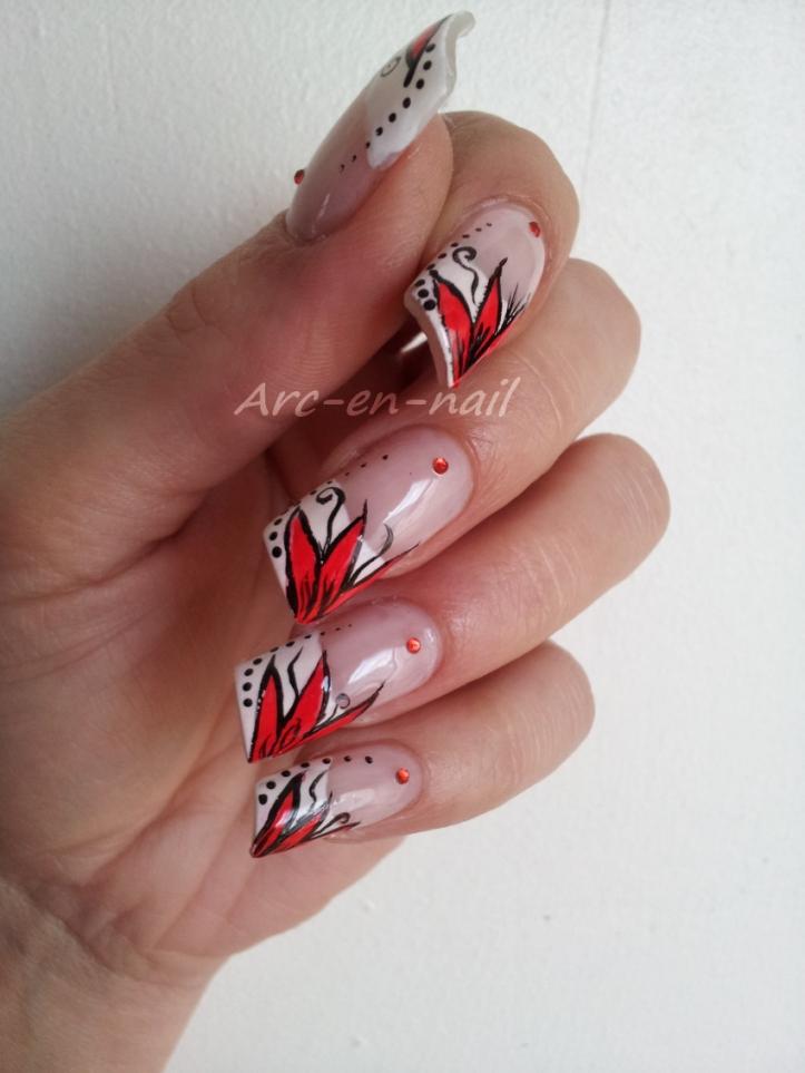 Nail art Fleur flashy 2
