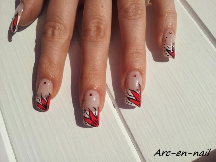 Nail art Fleur flashy 3