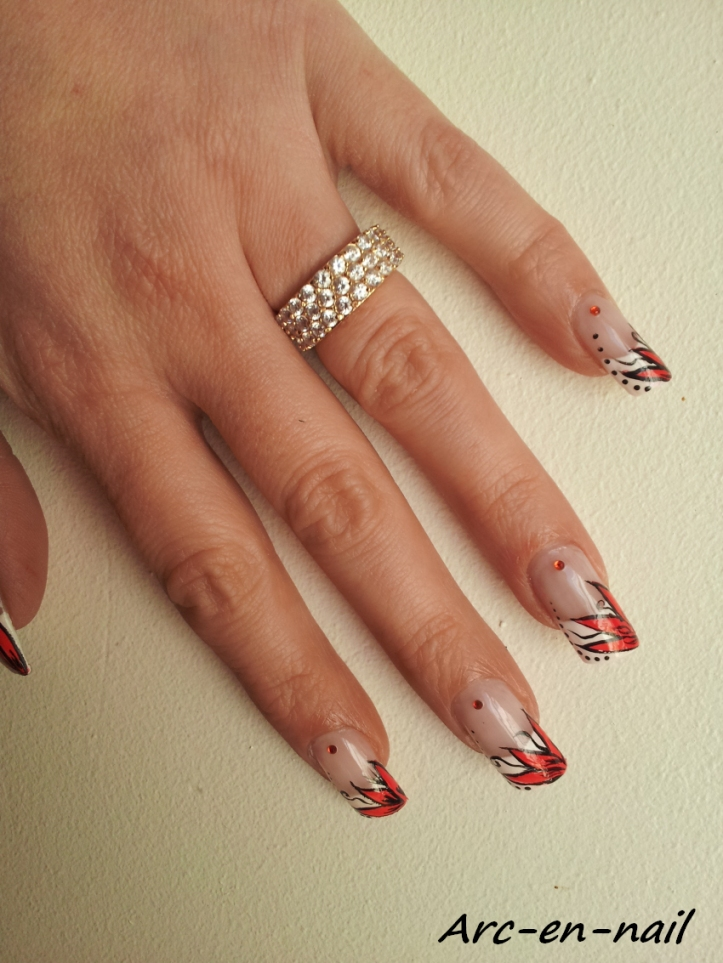 Nail art Fleur flashy 4