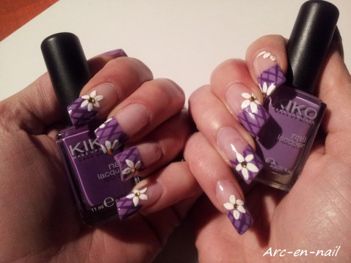 Nail art Grillage fleuri 1
