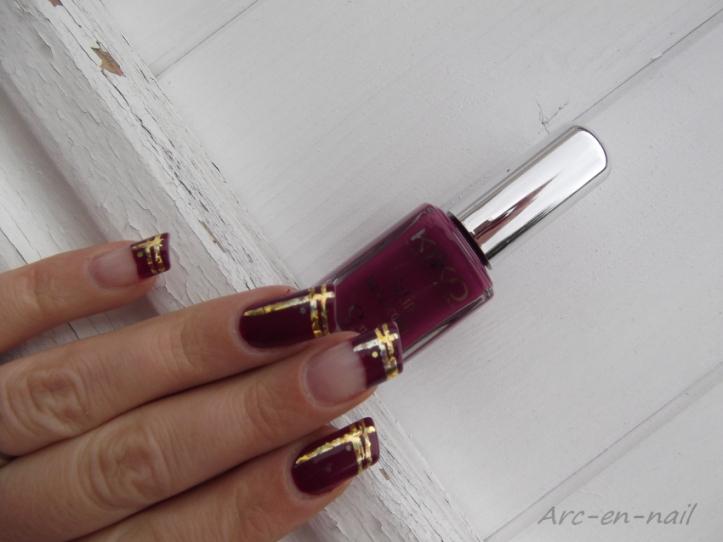 nail art asymetrique & foil 2