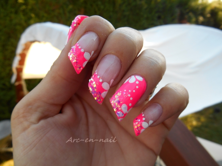 Nail art Poptastic flowers 5