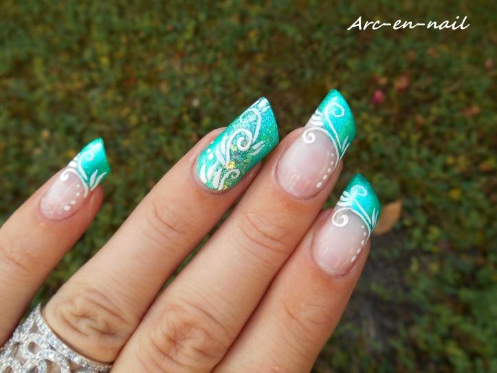 Nail art spirales & verdure 3