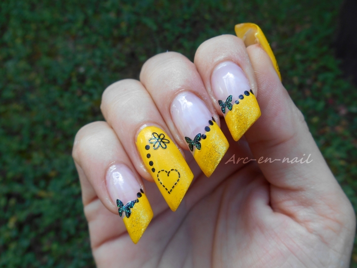 Nail art Yellow french 3