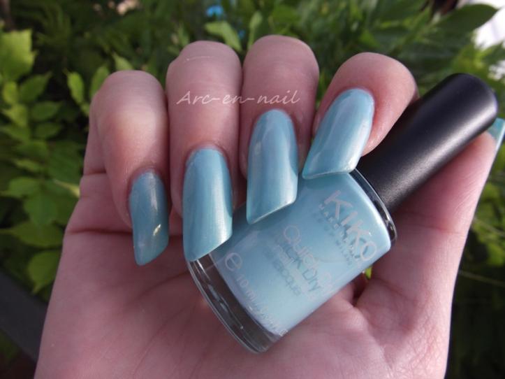 KIKO Quick dry 834 Bleu ciel 1