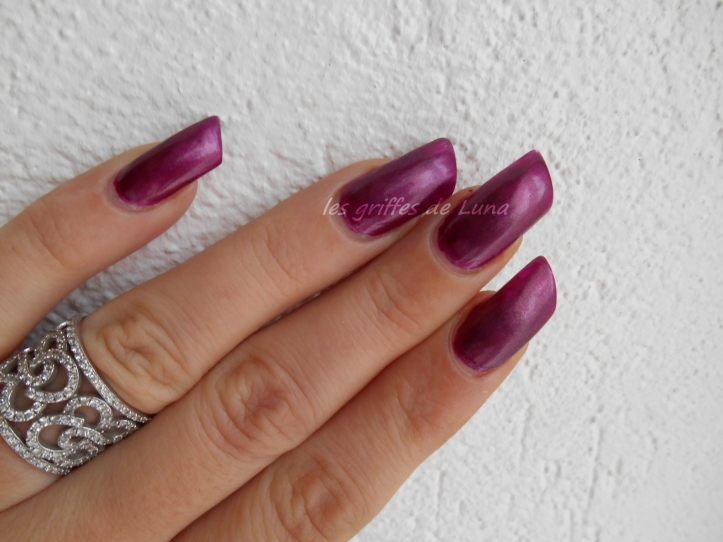 CLAIRE'S Metallic Dark Berry 2