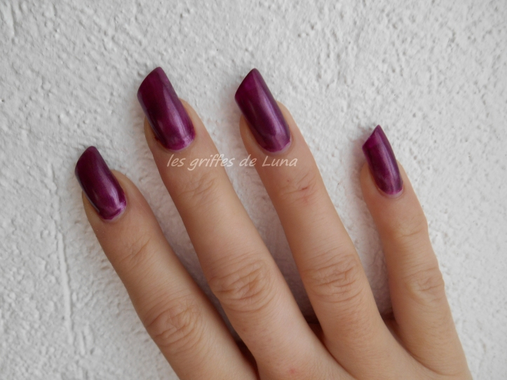 CLAIRE'S Metallic Dark Berry 4