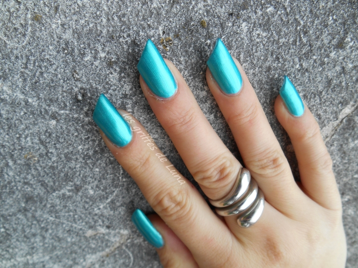 Claire's Metallic teal 3