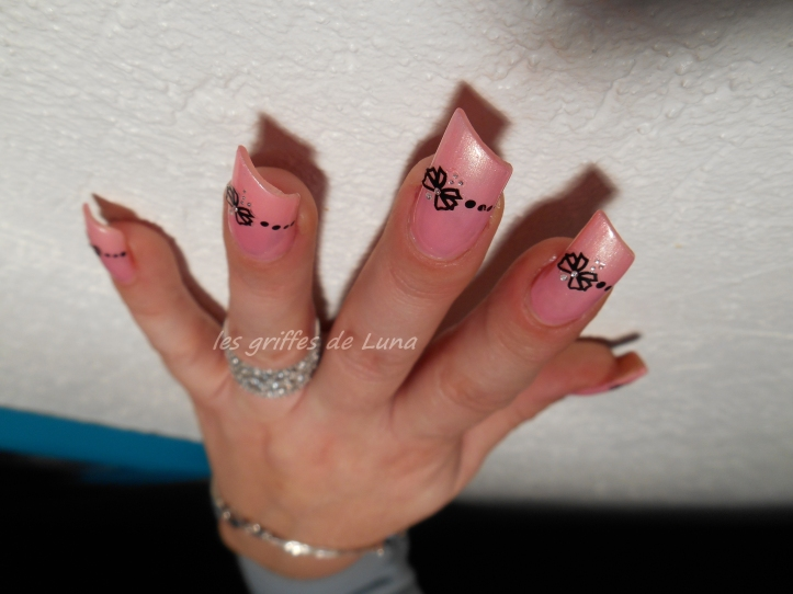 Nail art Romantique by onglesonline 3