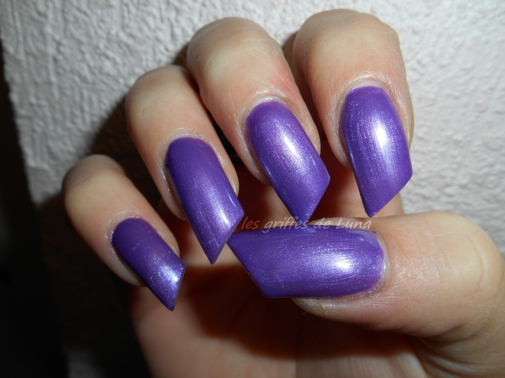 HEMA 829 violet 4