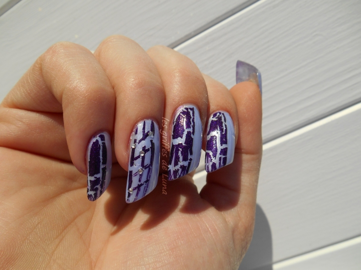 Nail art Purple crakle 3