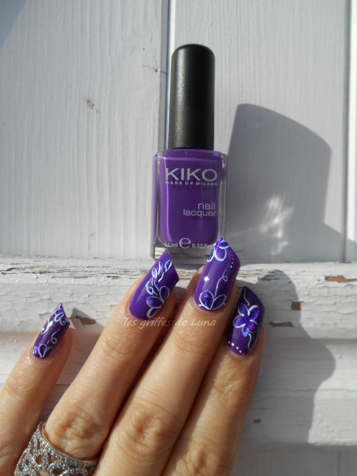 Nail art Imperial iris 1
