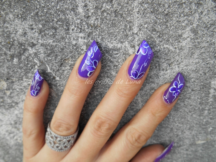 Nail art Imperial iris 5