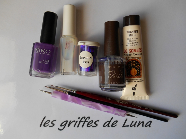 Nail art Imperial iris materiel