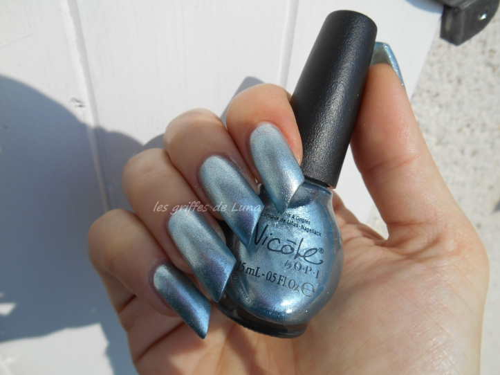 OPI Nicole Rich in spirit 3