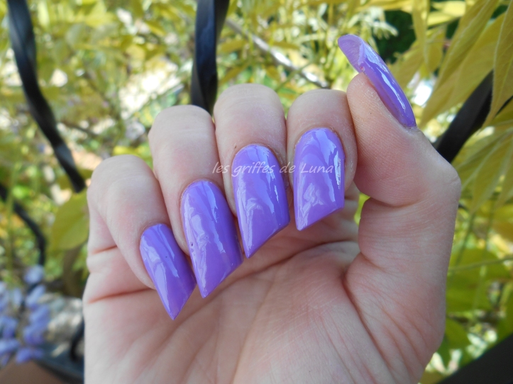 KIKO 331 violet clair 1
