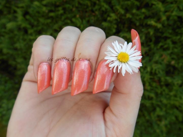 KIKO 484 Pearly peach 1