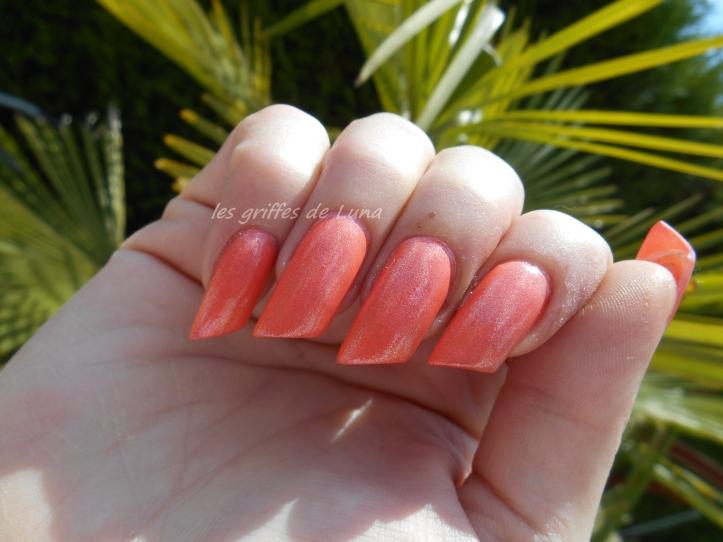 KIKO 484 Pearly peach 3