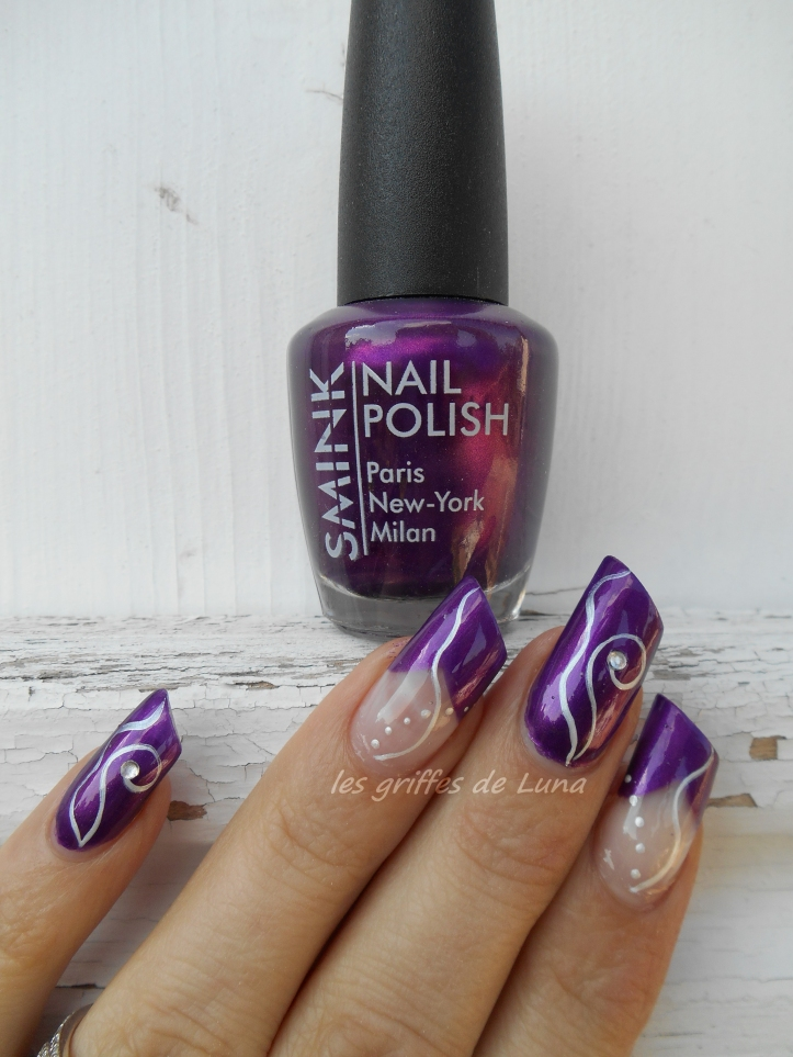 Nail art Purple abstract 1