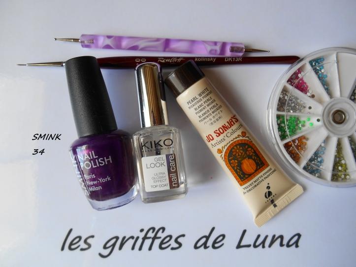 Nail art Purple abstract materiel