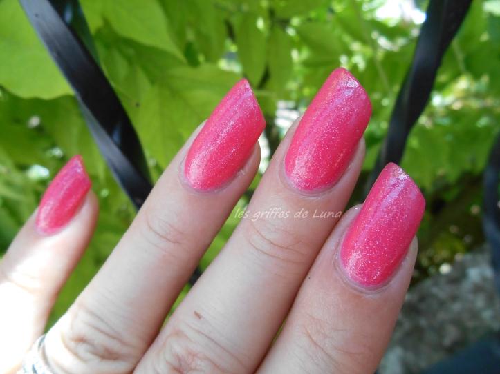 KIKO 504 Pearly glaze pink 2