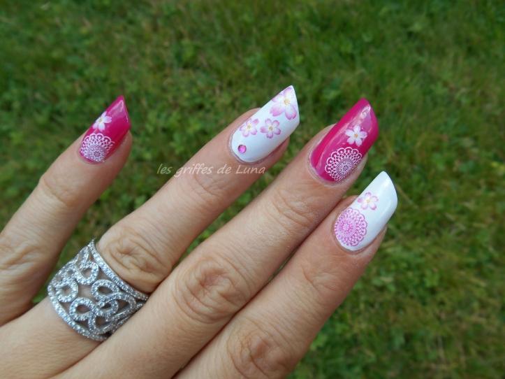 Nail art Girly Flowers 5