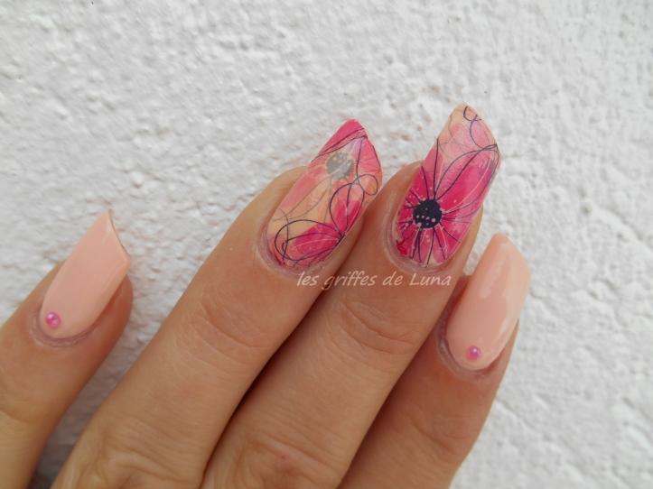 Nail art Douceur fleurie 1