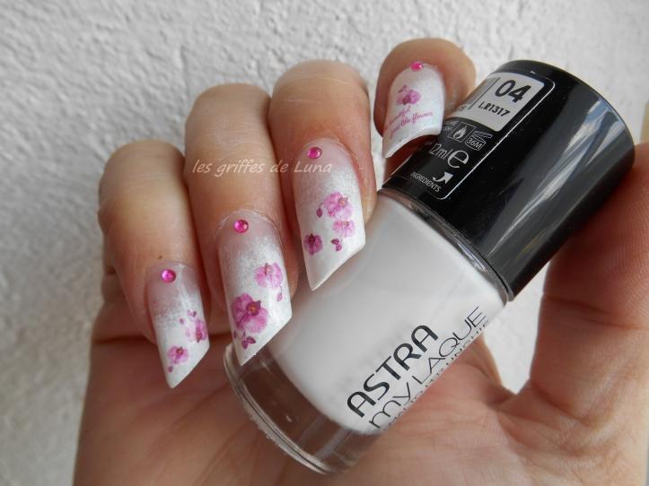 Nail art Orchidées 1
