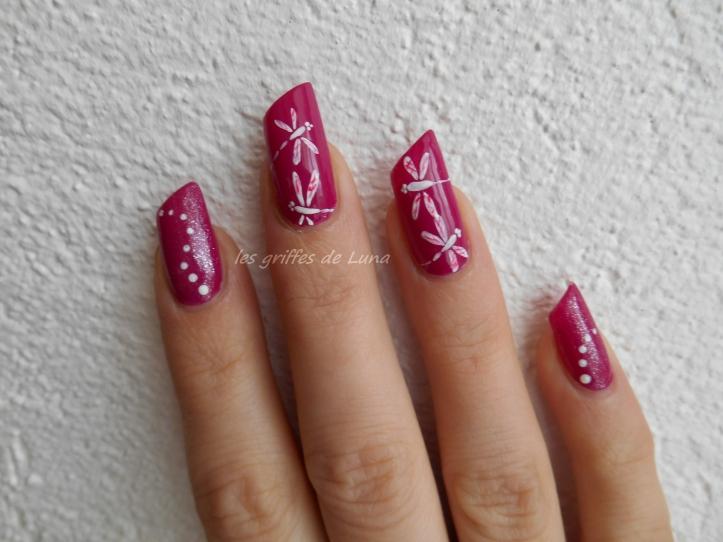Nail art libellules simplifiées 2