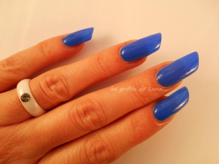 KIKO 448 bleu roi 4
