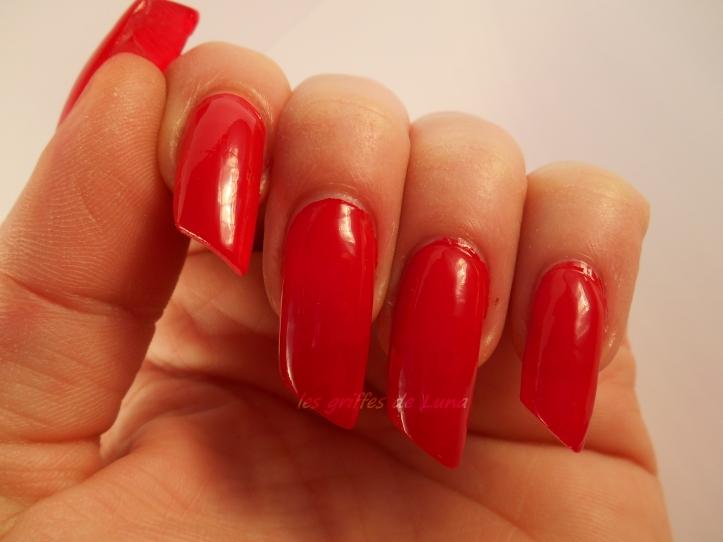 KIKO So stylish Apple red 3
