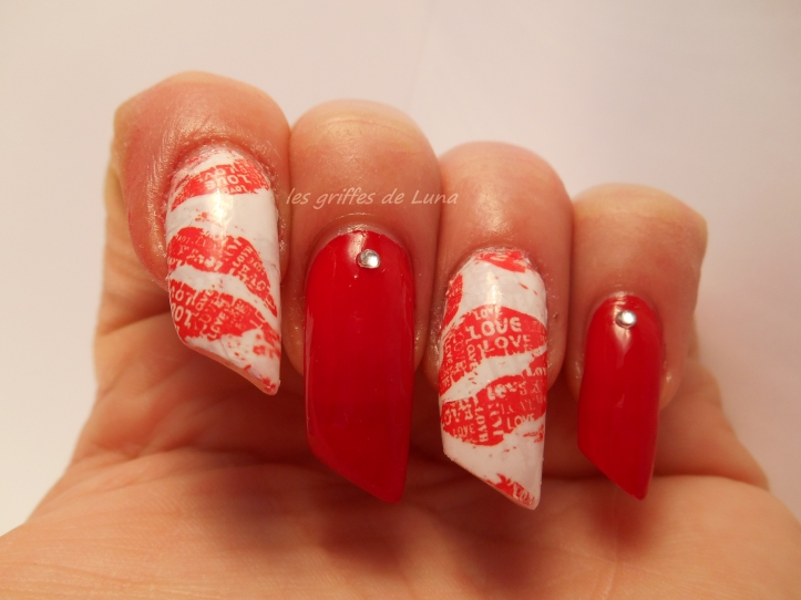 Nail art Red kiss 2