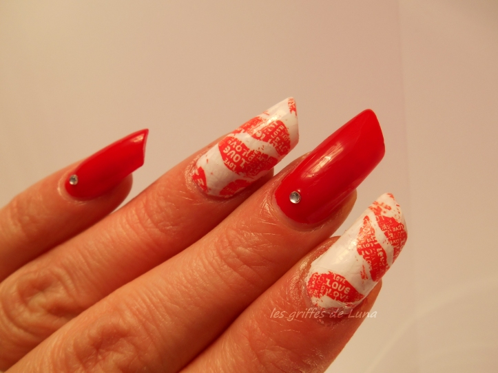 Nail art Red kiss 3