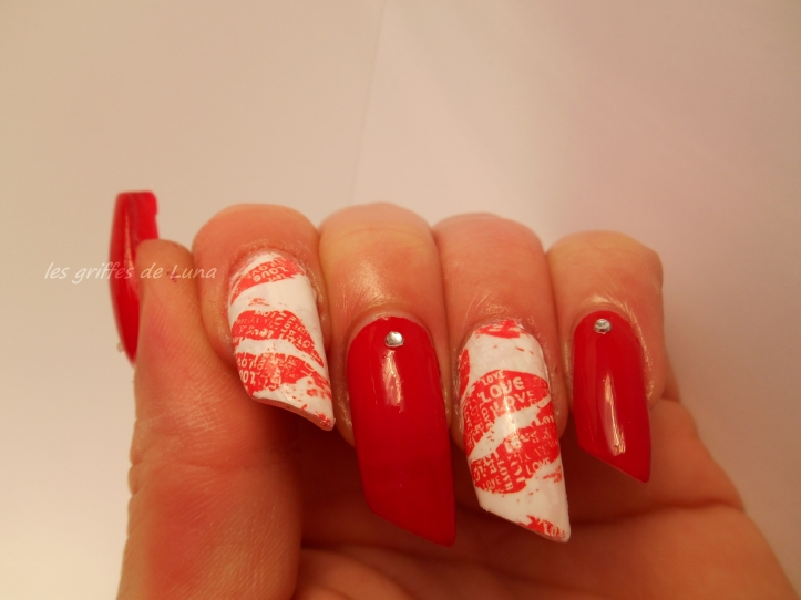 Nail art Red kiss 4