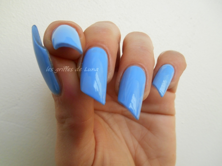 BARRY M Gelly Blueberry 4
