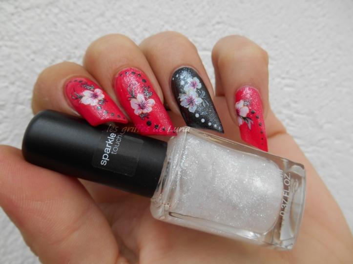Nail art KIKO 283 & WD fleurs 2