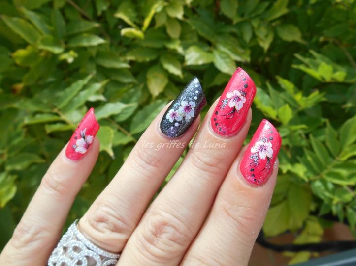 Nail art KIKO 283 & WD fleurs 3