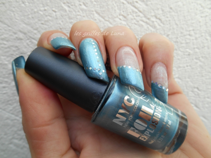 Nail art French simple 1