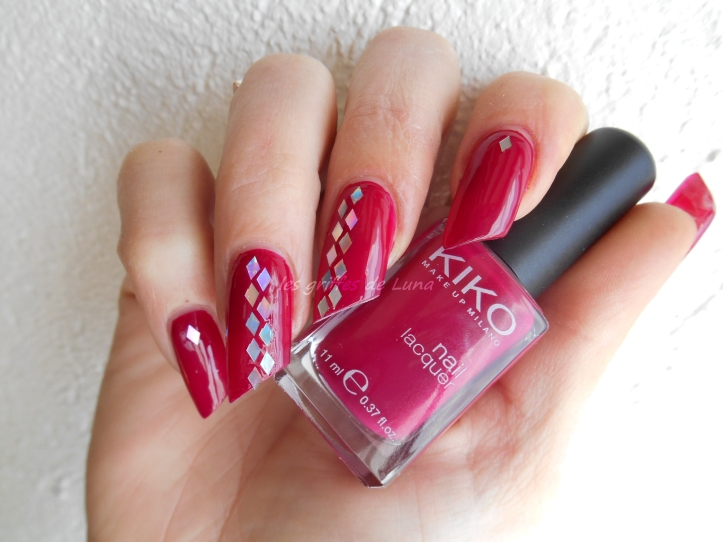 Nail art Paillettes losange 1