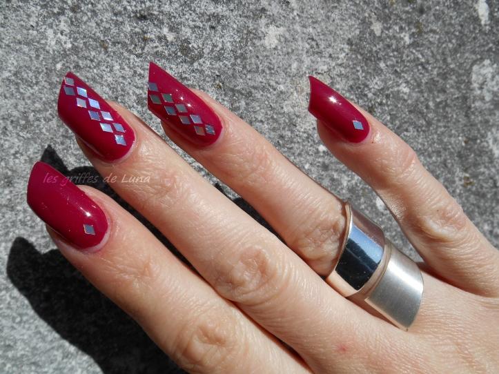 Nail art Paillettes losange 2