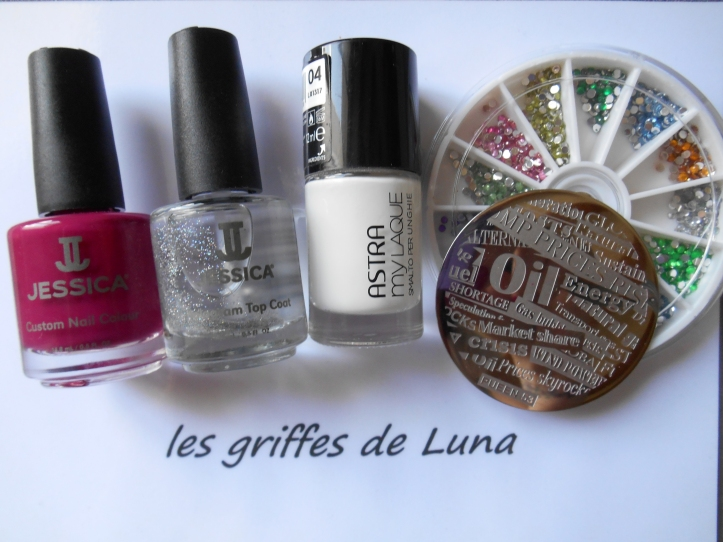 Nail art Manuscrit girly materiel
