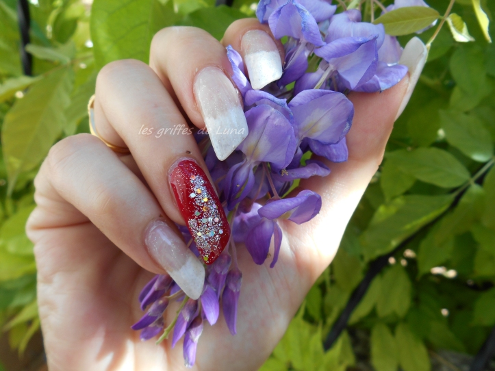Nail art French mousse & paillettes glamour 2