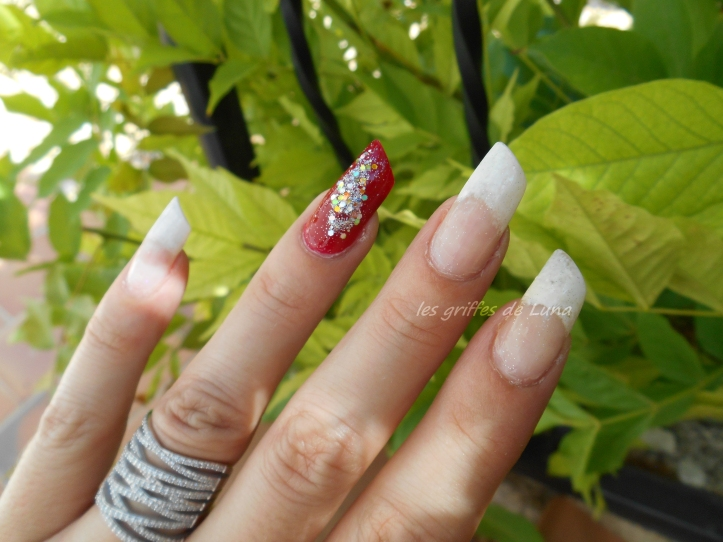 Nail art French mousse & paillettes glamour 3