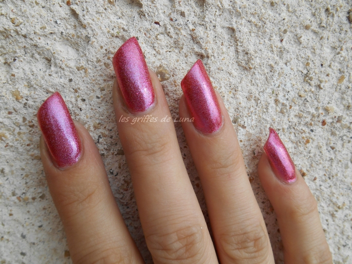 COLOUR ALIKE 550 duochrome rose holo 2
