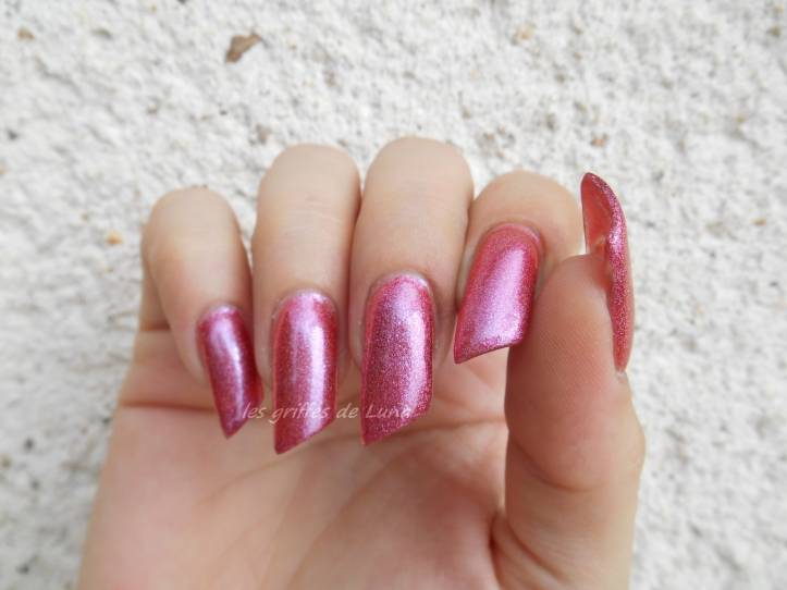 COLOUR ALIKE 550 duochrome rose holo 3