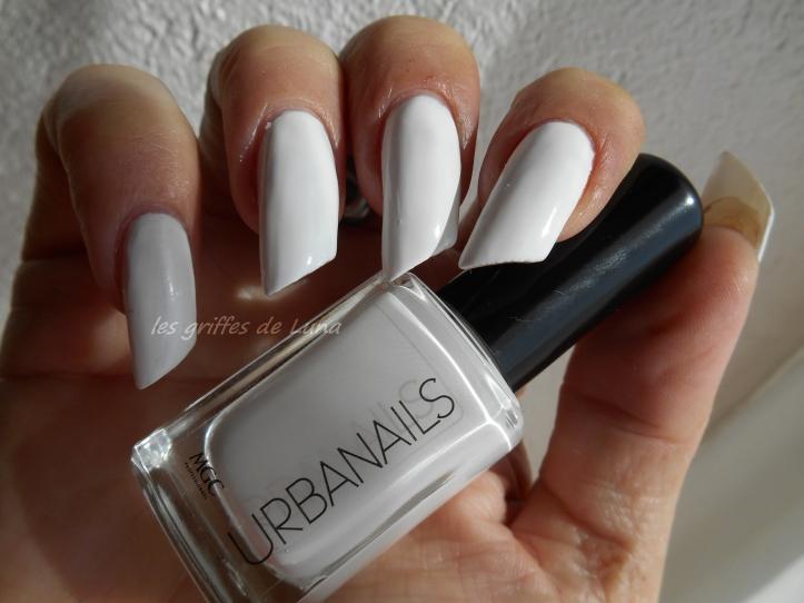 URBANAILS So white 1