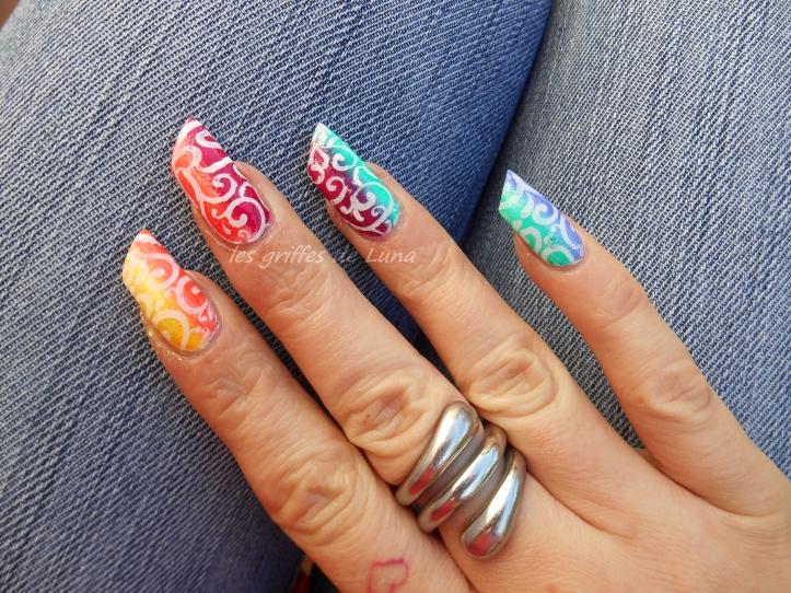 Nail art dégradé coloré 3